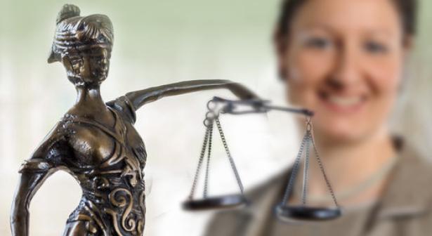 Kanzlei Vercruesse - Ihre Rechtsanwältin in der Region